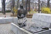 Pomnik Ofiar Katynia- Pieta Katyńska