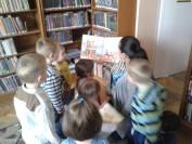 Czytanie książeczek