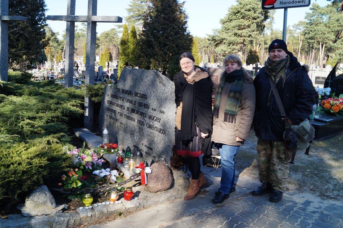 Mogiła ofiar NKWD i UB w Otwocku