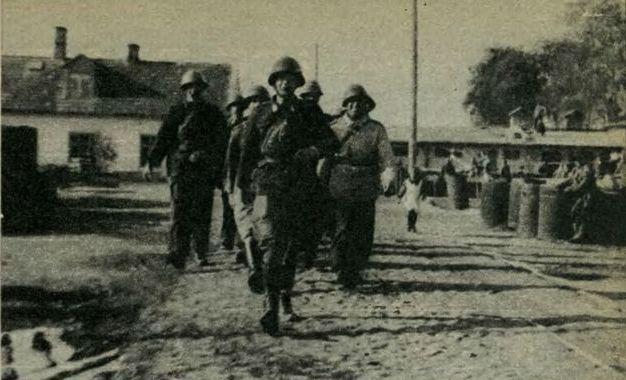"""Żołnierze plutonu dywersji bojowej II Rejonu AK """"Celków"""" w Markach"""