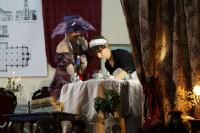 Flora Briggs i gosposia Jadzia