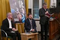 aktor Dariusz Kowalski czyta wiersze MartySałdan