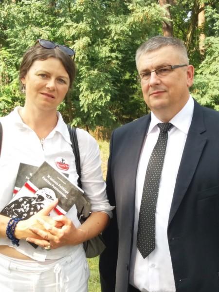 Bogusława Sieroszewska z Marek i historyk Jarosław Stryjek z Wołomina