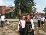 strój łowicki na pikniku u św Izydora 2018 prezentuje Bogusłwawa Sieroszewska