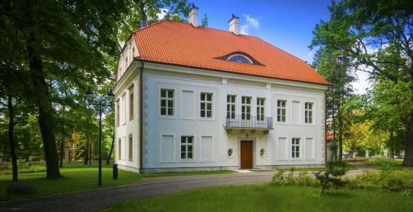 Pałac w Chrzesnem z 1635 roku