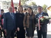 Pomnik Dziesięciu powieszonych delegacja Stowarzyszenia Maerki Pustelnik Struga oraz regionalista Antoni Widomski (1024x768)