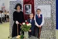 Flora Briggs z Georgem i Franciszkiem Whiteheadami (1024x682)