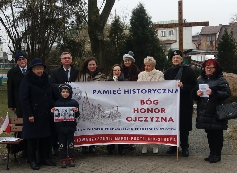 Stowarzyszenie Marki-Pustelnik Struga i Uniwersytet III Wieku oddaje hołd Żołnierzom Wyklętym 3 marca 2019