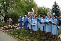 młodzież z OHP na Placu Hallera (600x399)