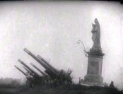 Armaty_na_Grodzisku_1944_1