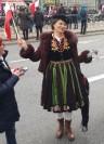 Bogusława Sieroszewska Marsz Niepodległości w stroju mazowieckim z szafy św. Izydora w Markach (218x300)